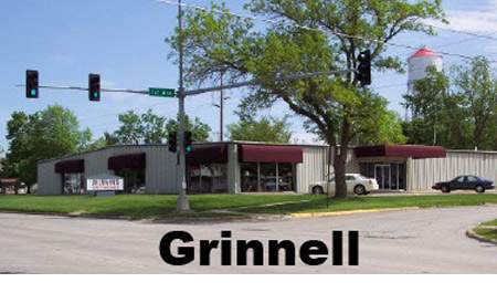 Grinnell-location for Uhlmann's home furnishings